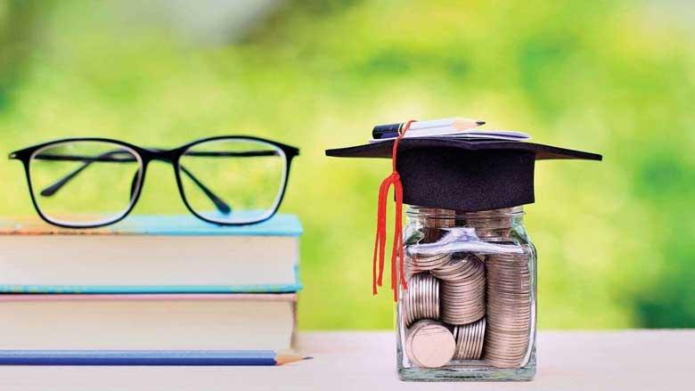 مرکز پاسخگویی بانک قرض الحسنه مهر ایران به پرسش های دانشجویان موسسه